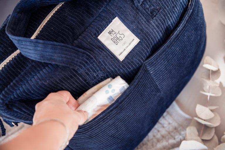Bolsa de maternidad pana azul marino